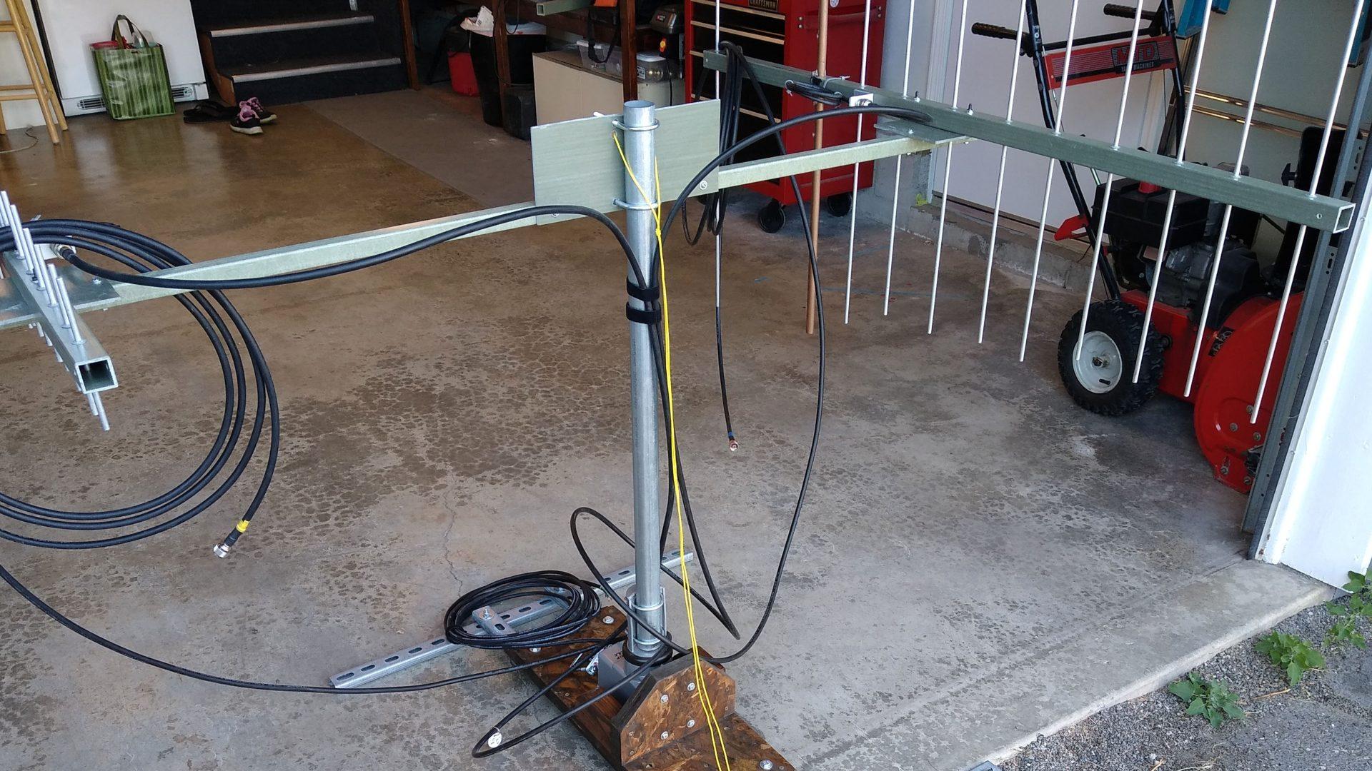 Antennas and rotator for VHF contesting rover